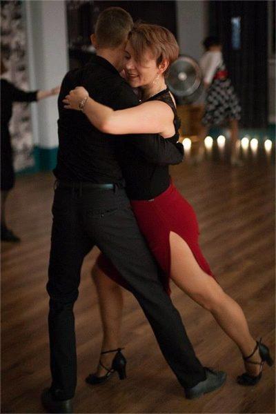Преподаватели парного и соло блюза в Москве - Таня и Женя